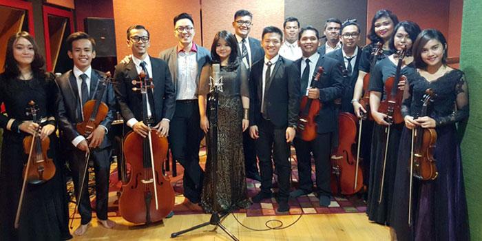 Chelsea Hadi, mahasisiwi di Fakultas Kedokteran USU stambuk 2015 baru saja menyelesaikan sebuah projek rekaman bersama salah satu tim orkestra yang juga berasal dari Kota Medan, yaitu Happy Orchestra.