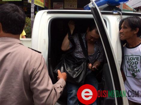 Pengemudi mobil  bernama, Tan Chia Sheng (47), warga Jalan Bilal No 82 E. Diduga, pria ini mengemudi dalam kondisi mabuk karena pengaruh obat-obatan atau pun minuman keras.